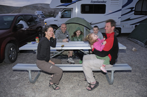 4wd camper camping with children